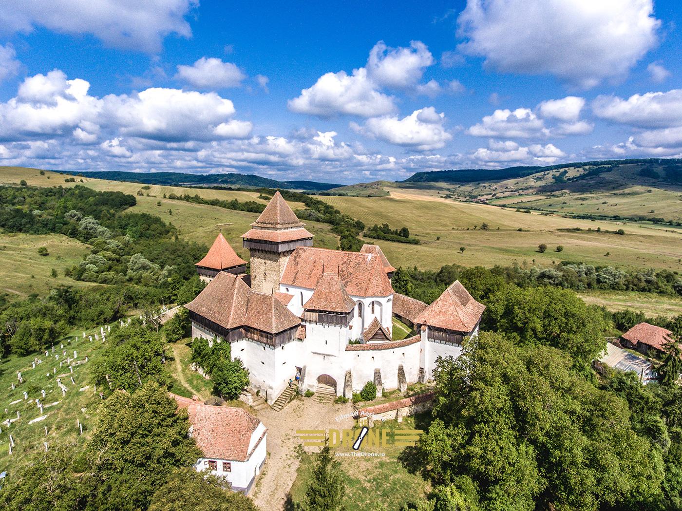 viscri-biserica-fortificata-foto-aerian-10